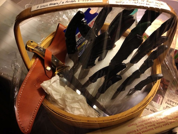 knife basket